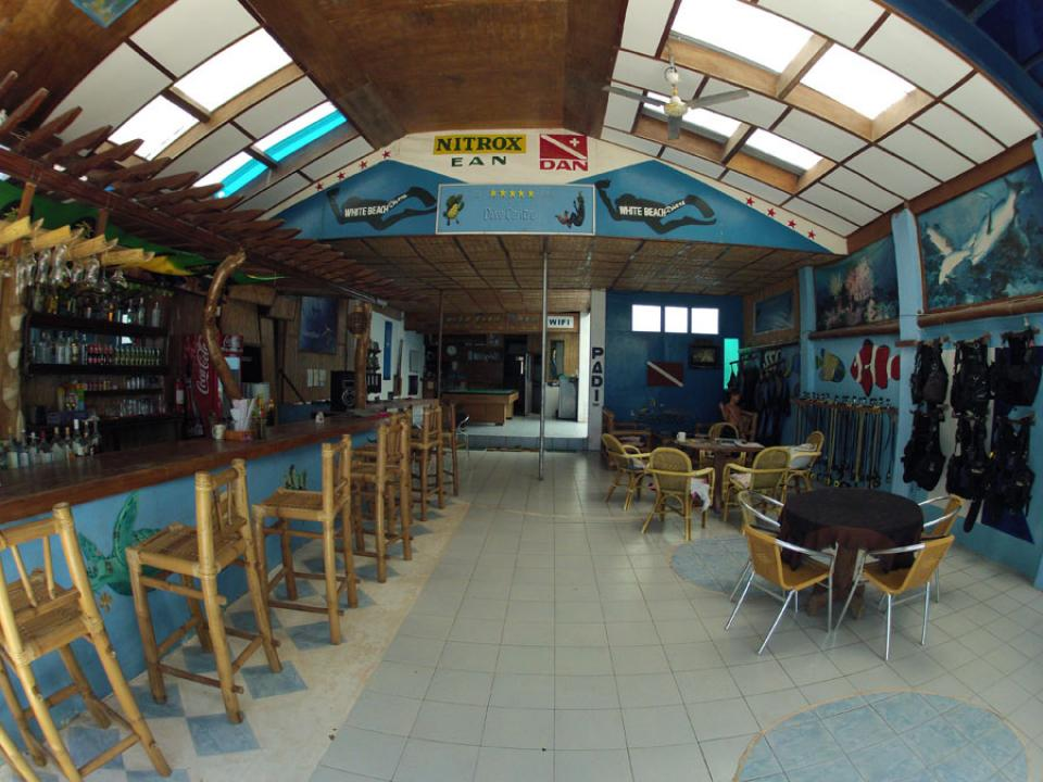 Dive center and bar